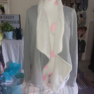 [Hollister]XS/ small Gray faux fur waterfall cardi